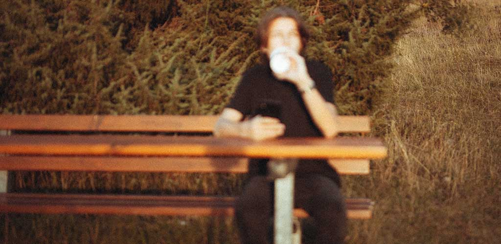 A blurry online dating photo will hurt your dating profile