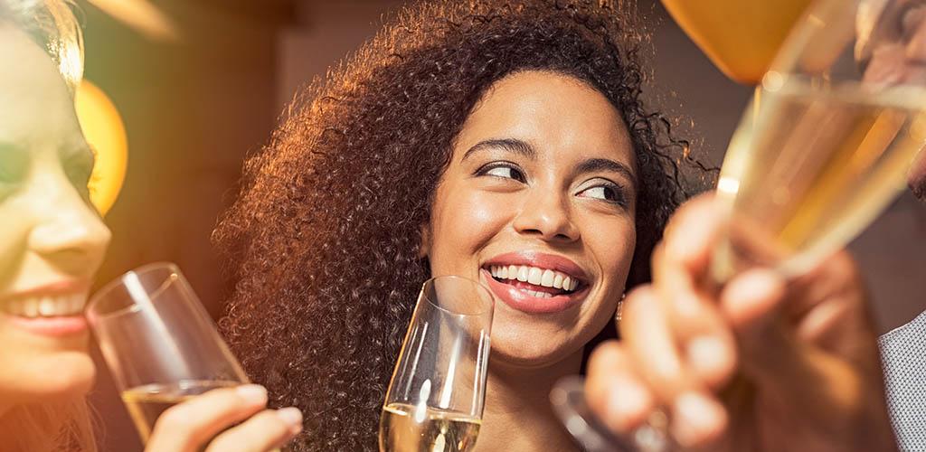 The best cougar bars in Philadelphia Pennsylvania where you'll meet single women