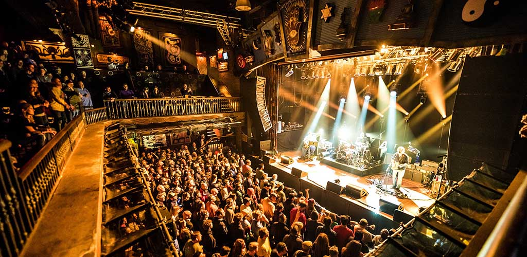 The packed audience at House of Blues