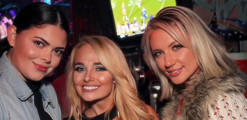 Gorgeous women having a fun night at Soundbar