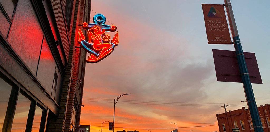 Neon sign of Anchor Meat Market