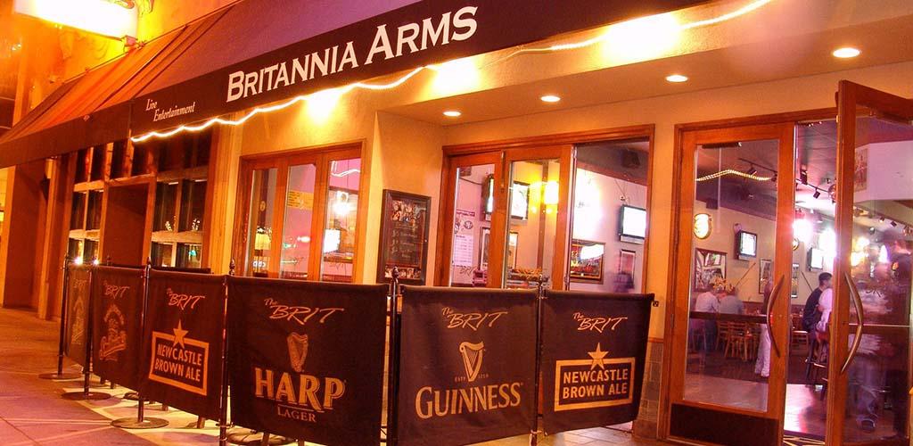 Unwind with a down-to-earth San Jose cougar at Britannia Arms