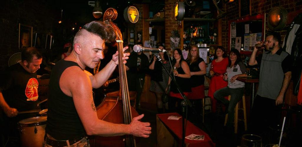 A live jazz performance at Fou-Bar