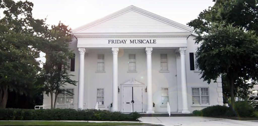 Friday Musicale has Jacksonville cougars in the crowd throughout the week