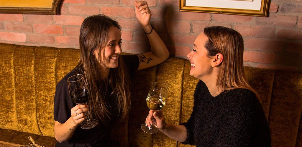 Quebec City MILFs enjoying some wine at Jack Saloon