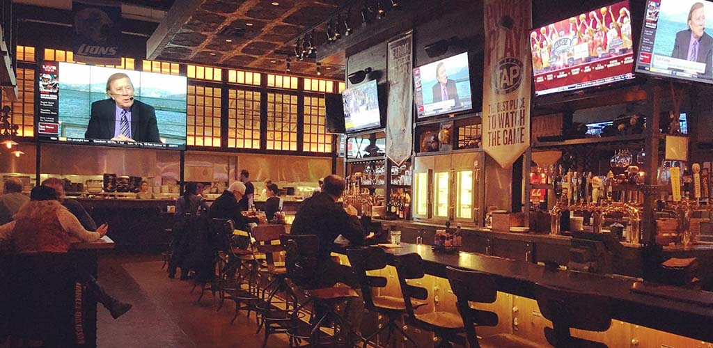 The bar at MGM Grand Detroit has huge TVs for watching the news or sports