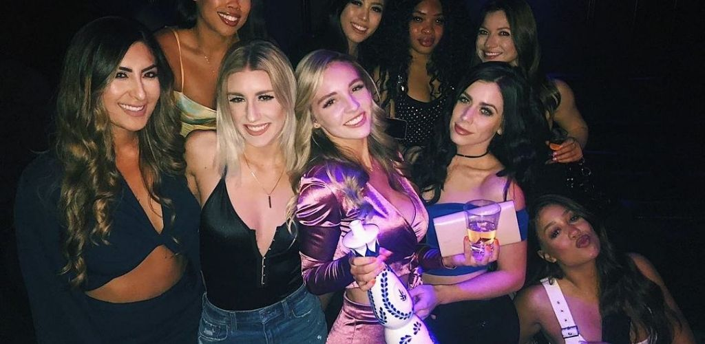 San Francisco cougars hooking up around champagne at Temple