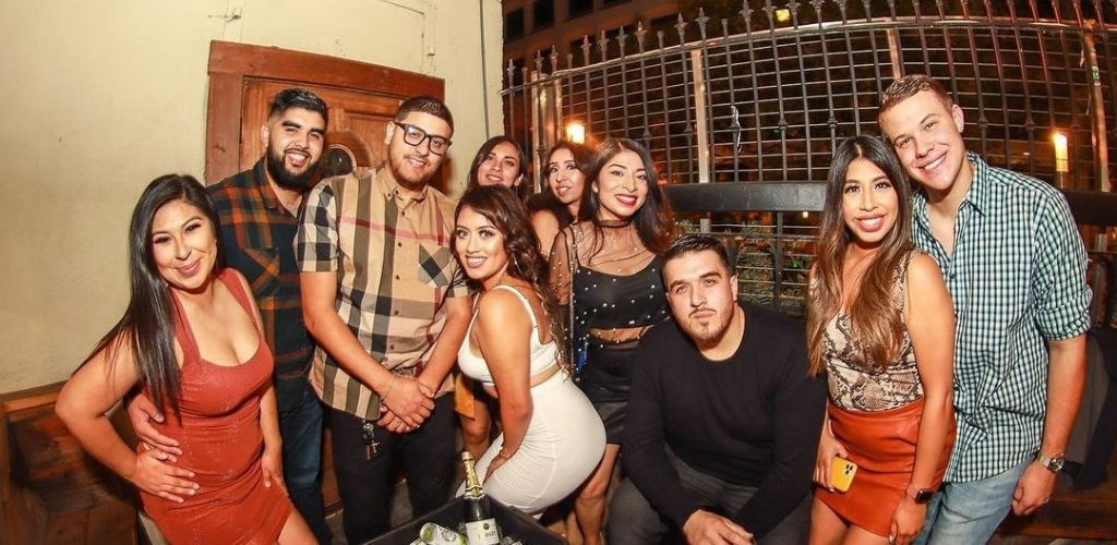 San Jose MILFs hanging out with guys at Enso Bar and Lounge