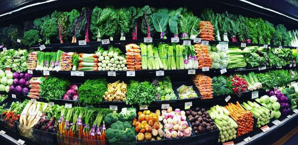 The fresh produce aisle at Zanotto's Family Market