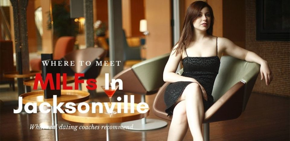 A Jacksonville MILF waiting in the lobby of a hotel