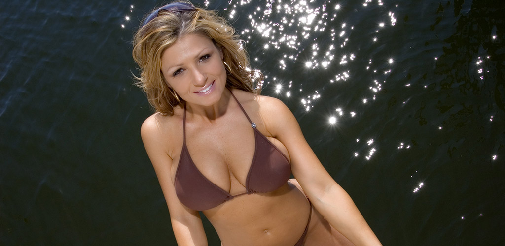 Check out the water to find lots of gorgeous mature women