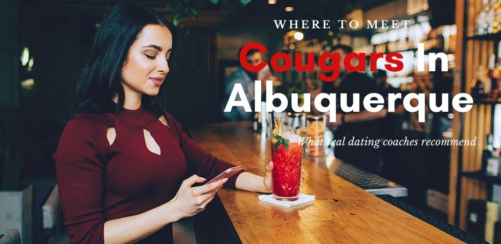 A beautiful Albuquerque cougar with a cocktail at a bar