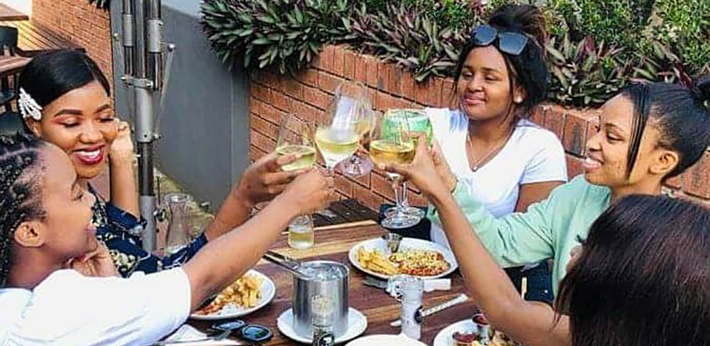 Cougars in Durban having brunch at Lupa Osteria