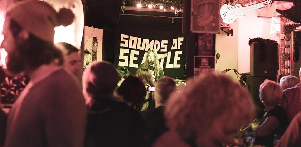 A live performance at The Swinging Arm