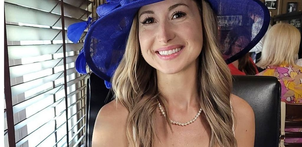 A cute Louisville MILF with a cute hat at Molly Malone's Irish Pub