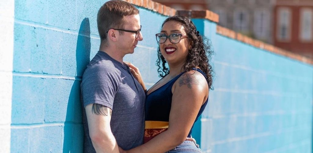A Baltimore MILF and her date hanging outside Koba Cafe