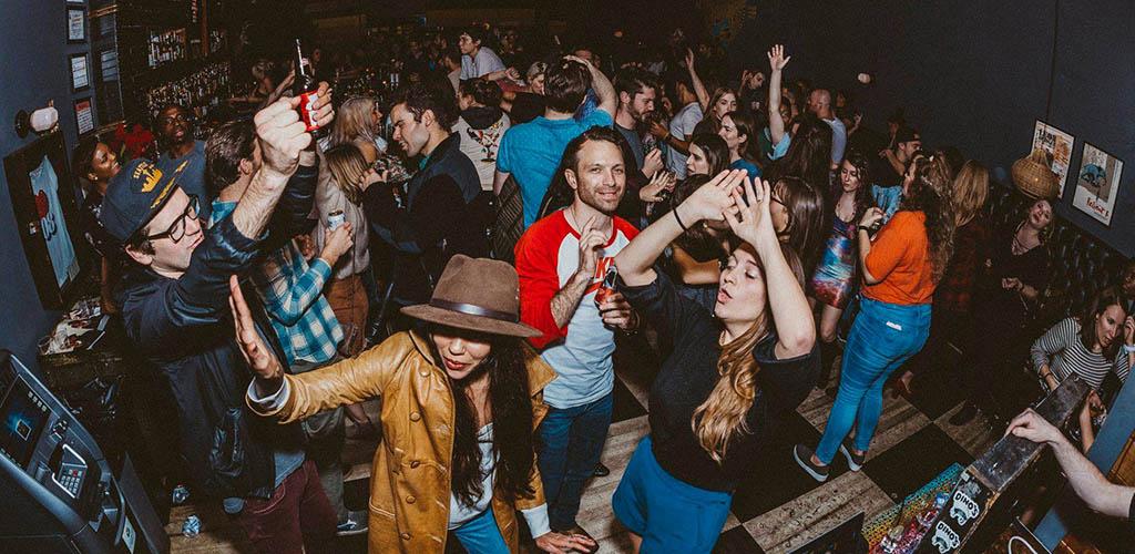 Nashville MILFs on the dance floor of No. 308