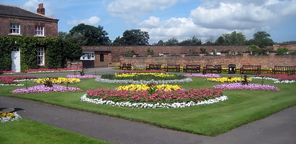 The beautiful Thornes Park