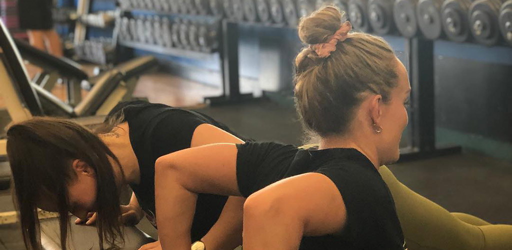 Women working out at Fitness FX