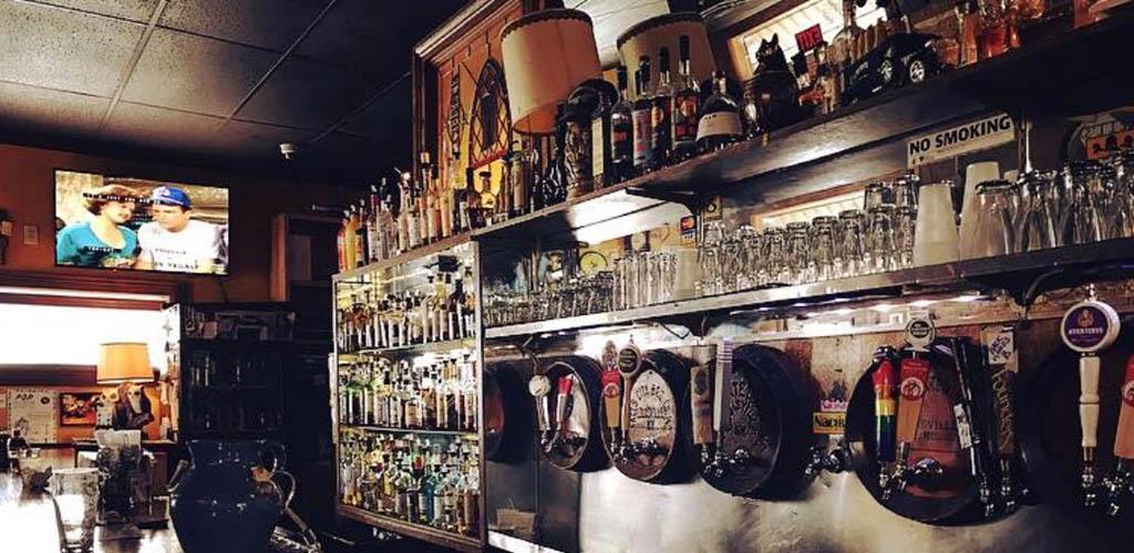 The bar at Nachbar