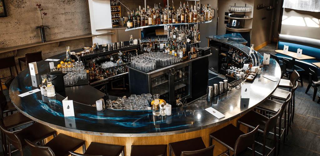 The classy circular bar of Teardrop Lounge
