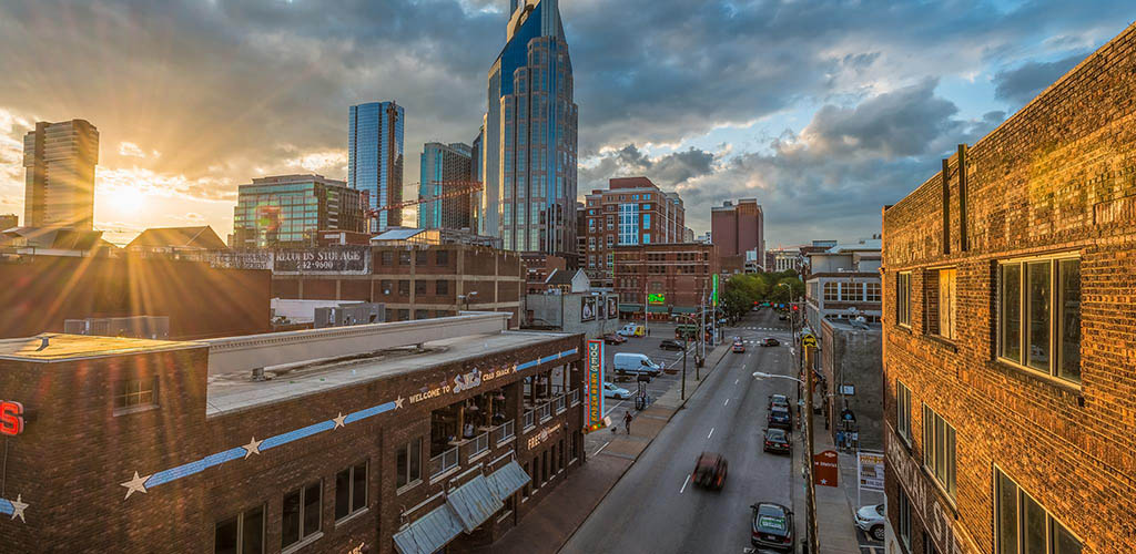 The District is the honky-tonk heaven for Nashville MILFs