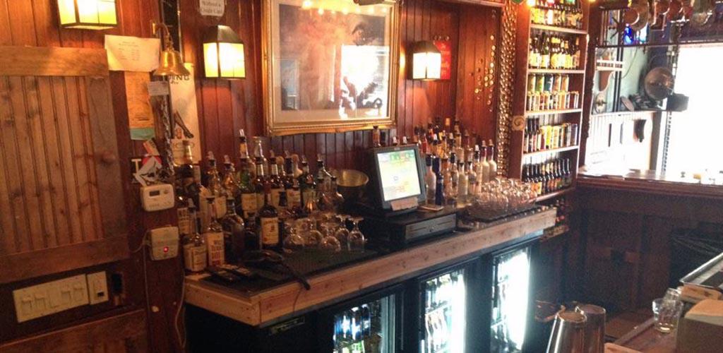 The bar at Edison's Pub