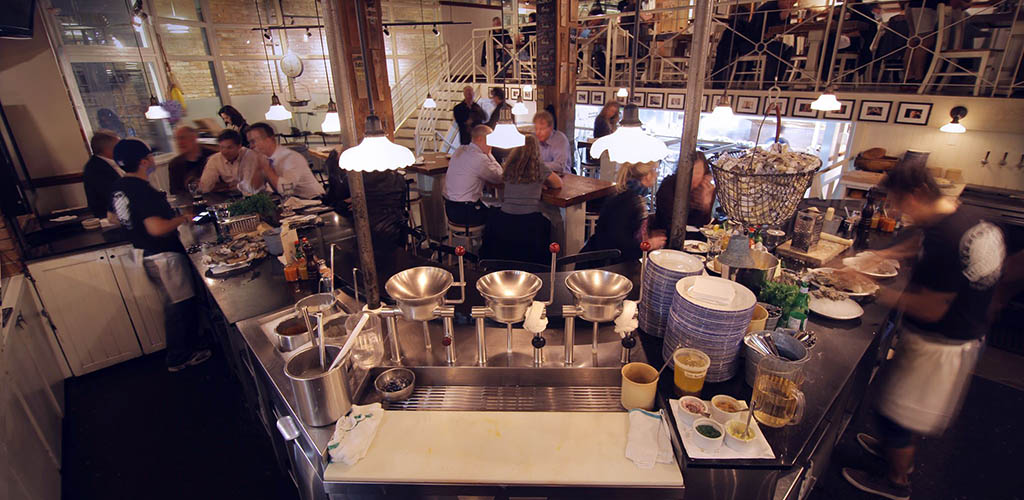 The dining area of Rodney's Oyster House