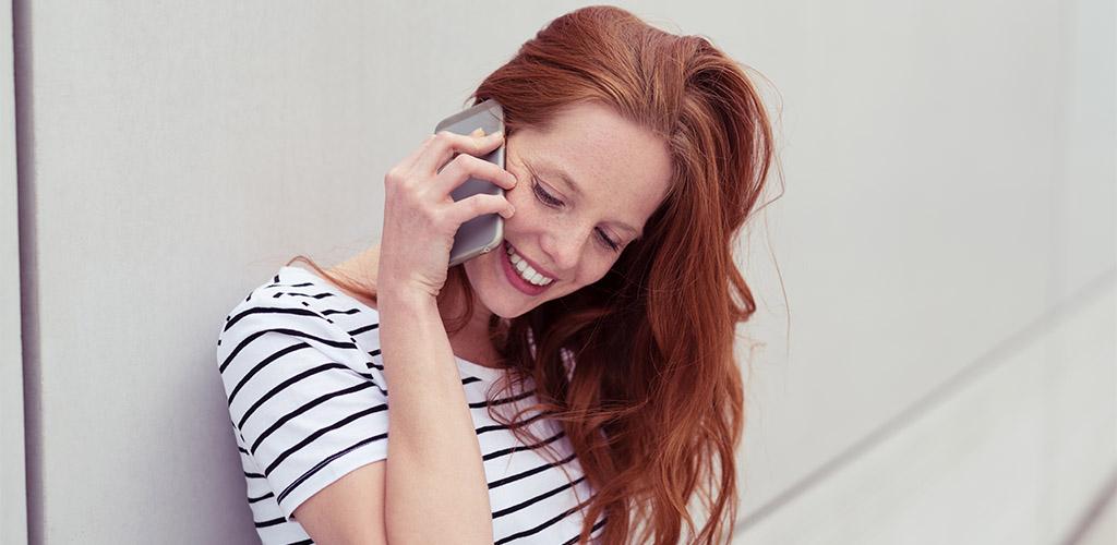 Redhead Tulsa MILF smiling