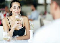 San Diego cougar bars attract classy women