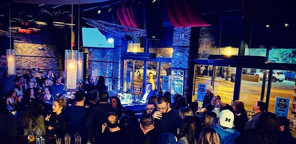 A popular MILF bar in Detroit