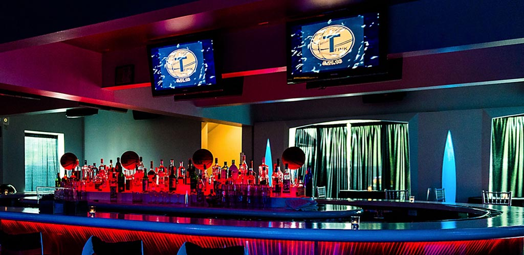 4Sixty6 hosts great events with lots of alcohol