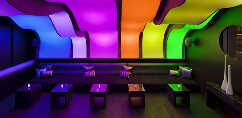 The psychedelic interior of Wunderbar