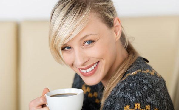 Beautiful Sexy Massachusetts MILF drinking coffee