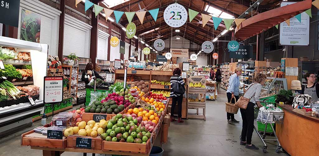 The fresh produce at Commonsense Organics