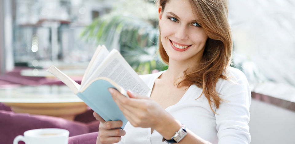 A hot Oregon MILF reading a book
