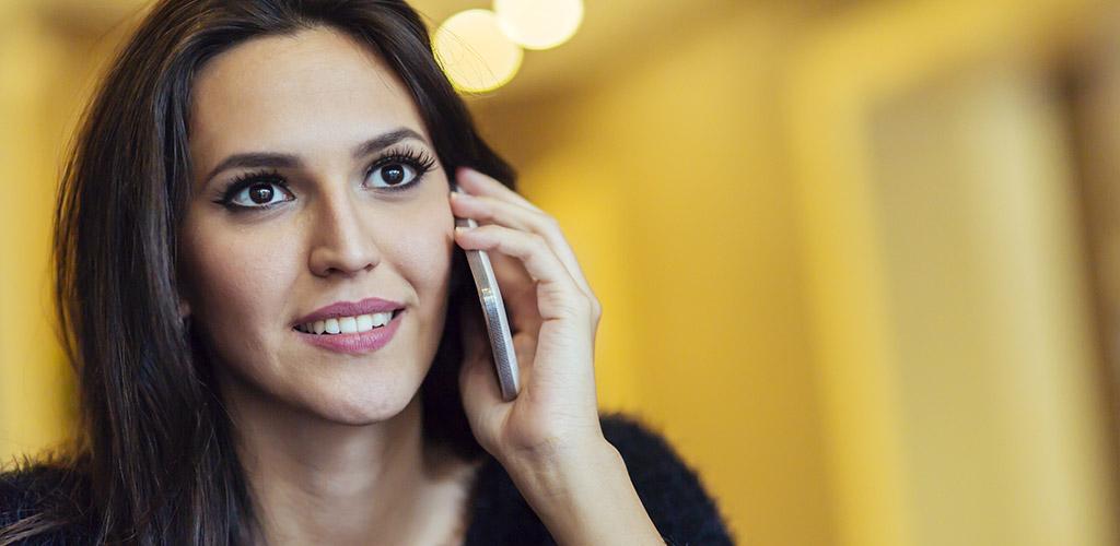 A hot Wisconsin MILF in a phone call