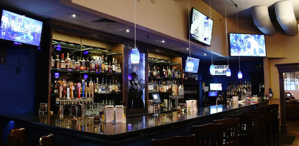 The classy bar at Peppercorn's Grille & Tavern