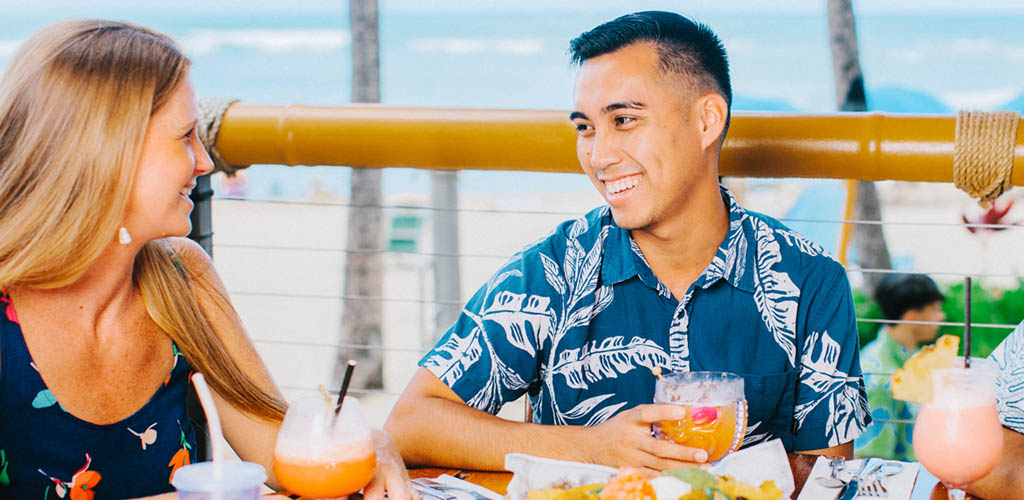 On a date at Duke's Waikiki
