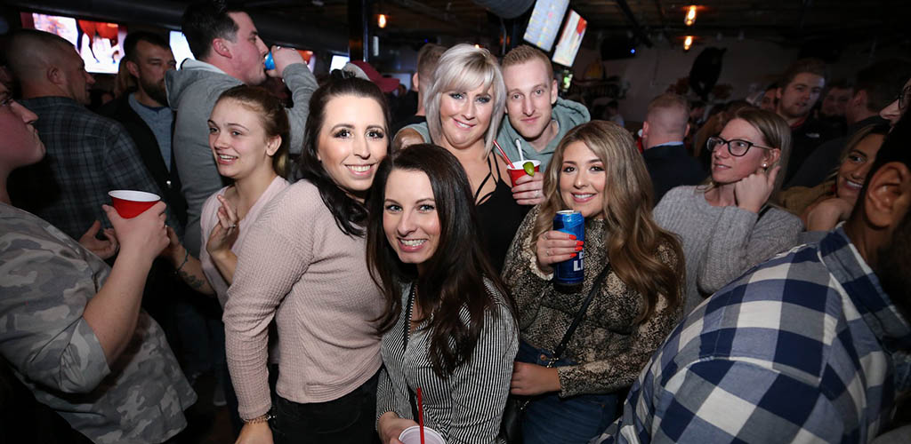 Cougars in Maine partying at Bonfire Country Bar