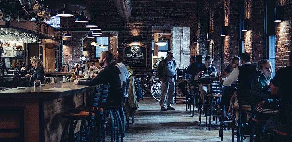 The bar area at DaVinci's Eatery