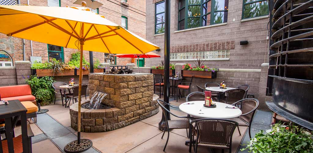 The outdoor area and fountain of Iron Horse Brewpub