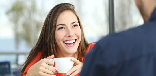 Learn how to approach a girl and get her to smile
