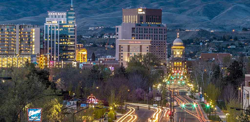 Finding a real connection in Boise involves picking the city's best dating apps