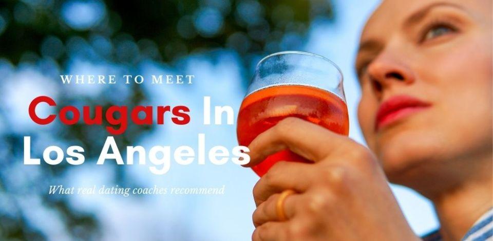 Hot Los Angeles cougars hooking up at Hollywood Club Crawl