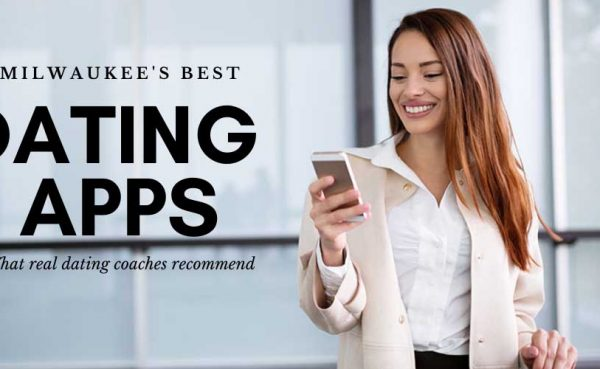Professional woman using the best dating apps and sites in Milwaukee