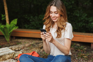 Tulsa Oklahoma woman happy with a dating app