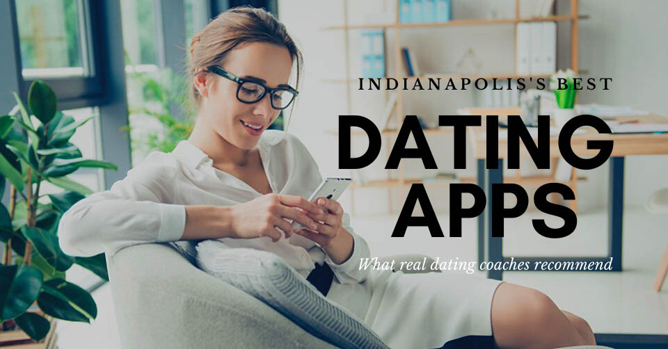 Woman in her office looking for the best dating apps in Indianapolis