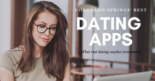 Woman on her laptop browsing for the best dating apps in Colorado Springs