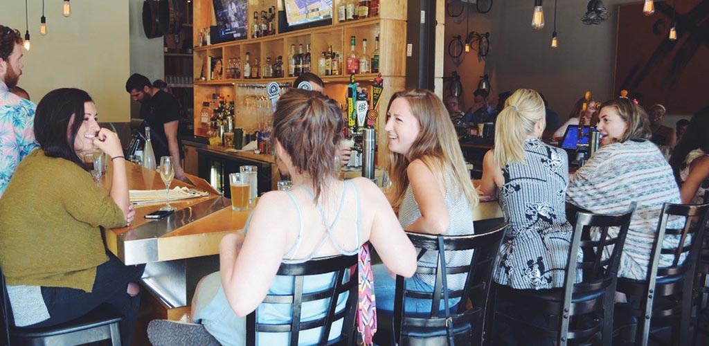 Alchemy offers the right mix of drinks and singles looking for Memphis hookups